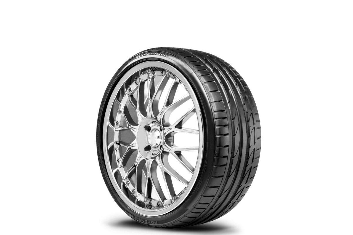 Bridgestone Potenca S001 215/45R20 kesärenkaat | mprengas.fi